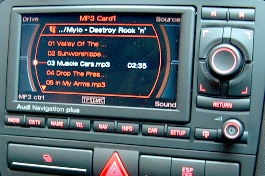 Car stereo with aux input and bluetooth