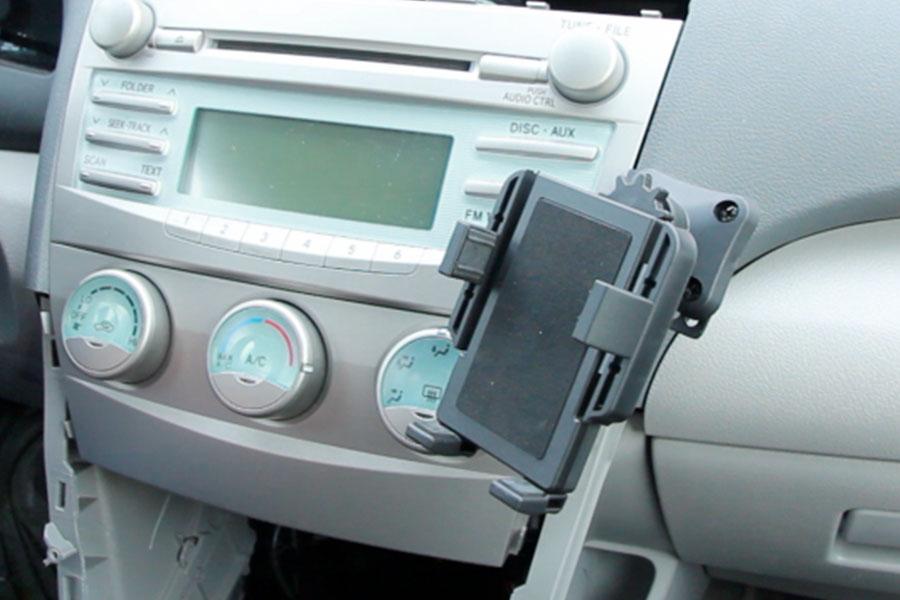 2007 Toyota Camry For Sale >> Toyota Camry 2007-2011 Premium Phone Holder + Dash Mount + Swivel | GTA Car Kits