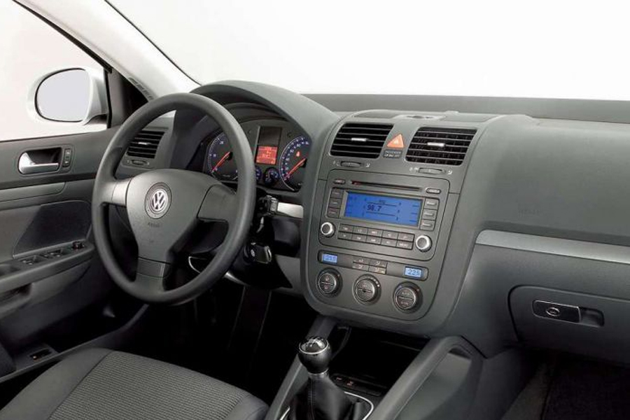 Bluetooth and iPhone/iPod/AUX Kits for Volkswagen Jetta 2006-2010